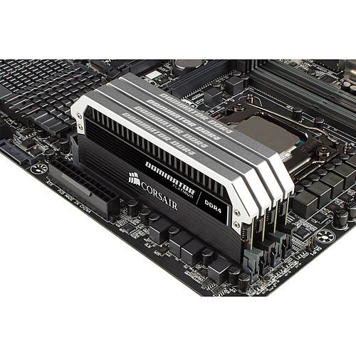Corsair Dominator Platinum 64 Go (4x 16 Go) DDR4 3000 MHz CL15 pas cher