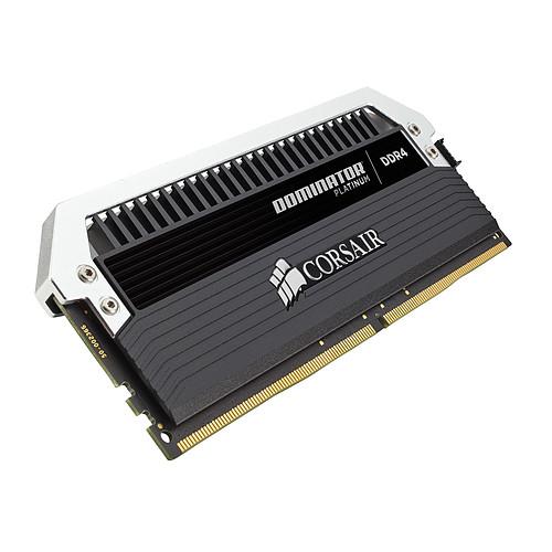 Corsair Dominator Platinum 32 Go (2x 16 Go) DDR4 3200 MHz CL16 pas cher