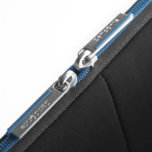 """Samsonite Airglow Sleeve 15.6"""" (coloris noir/bleu) pas cher"""