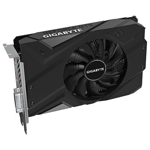 Gigabyte GeForce GTX 1650 SUPER OC 4G pas cher